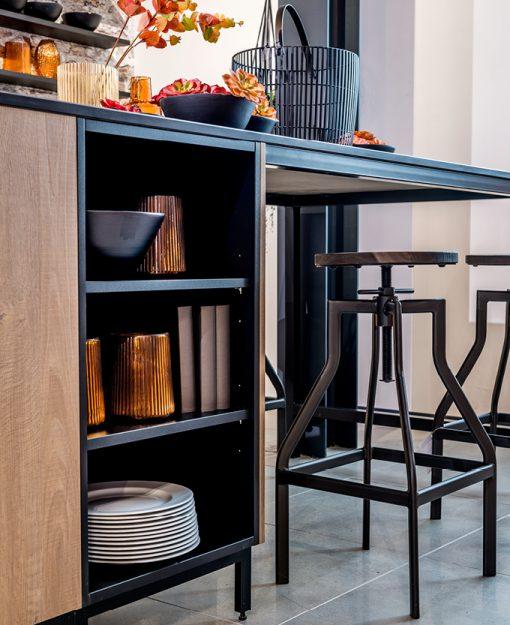 Open schappen in de keuken