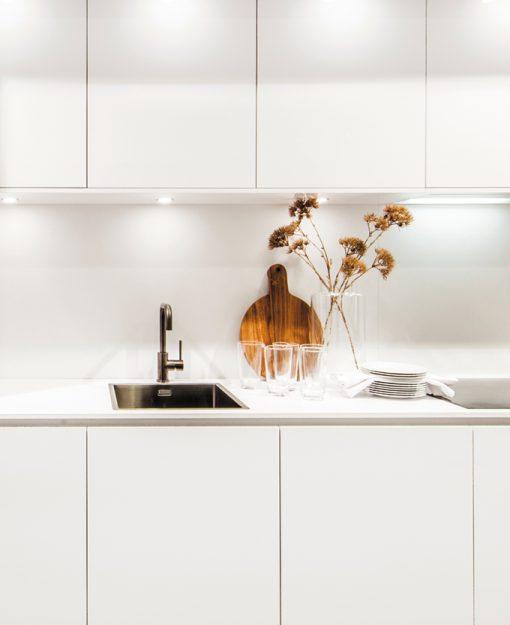 Greeploze keukenkasten passen mooi bij de designlook