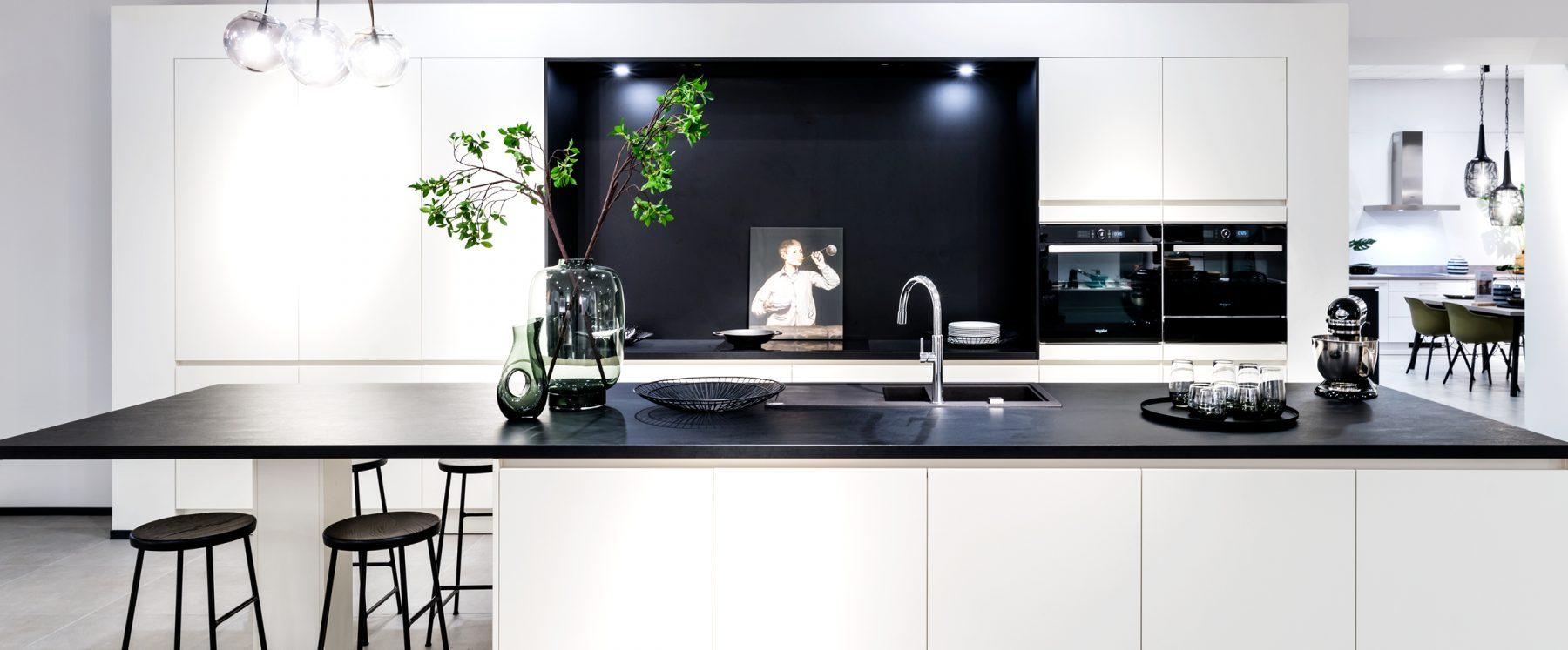 witte, moderne designkeuken